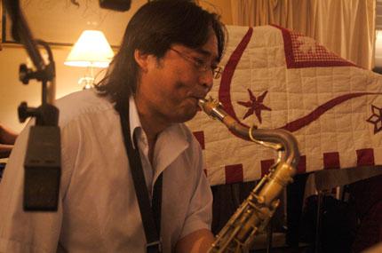 Vince Suzuki —tenor saxophone